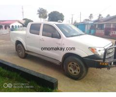 Toyota Hilux 4sale