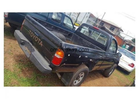 Toyota Tacoma pick-up