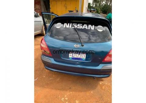 Nissan Almeria