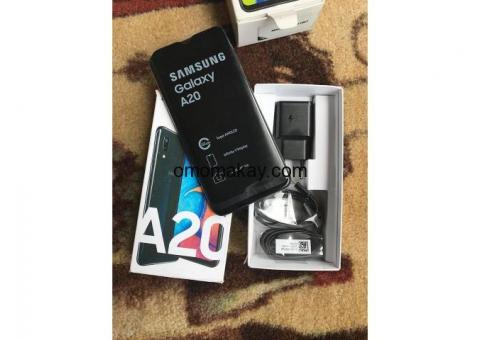 Samsung galaxy A20